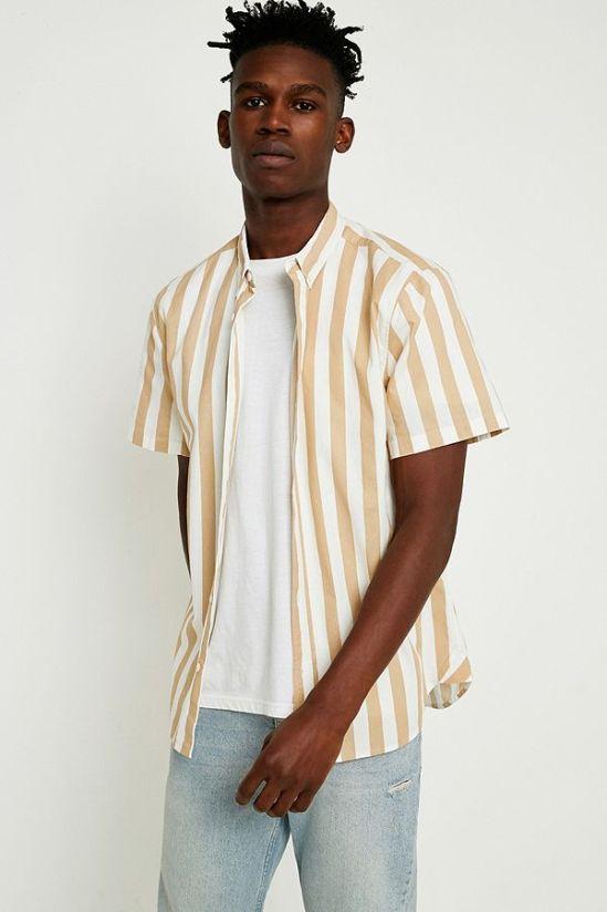 idée de look homme style streetwear chemise oversize à rayures