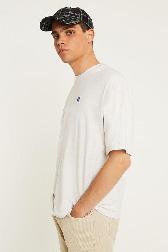 idée de look pour homme t-shirt russell Athletic