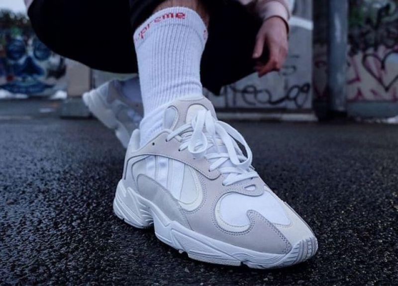Sélection de sneakers pour la rentrée adidas original homme yung