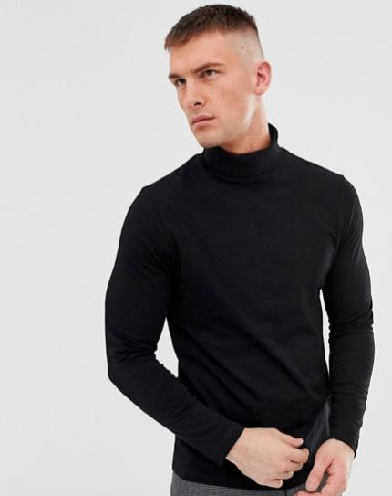 Col roulé noir idée de look habillé