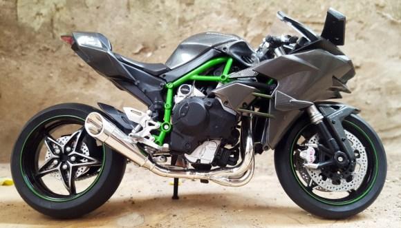 Kawasaki NINJA H2R moto sportive