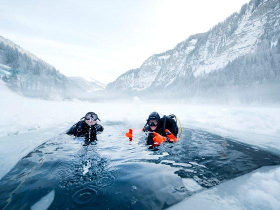 Plongée bouteilles hiver lac sport