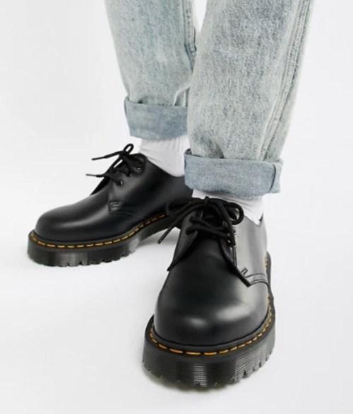chaussures matière chaude hiver dr Martens