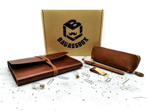 box accessoire homme mensuelle badass box