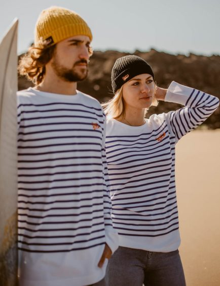 Sweats et t-shirts Ocean Park