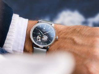 La marque de montre française Charlie Paris