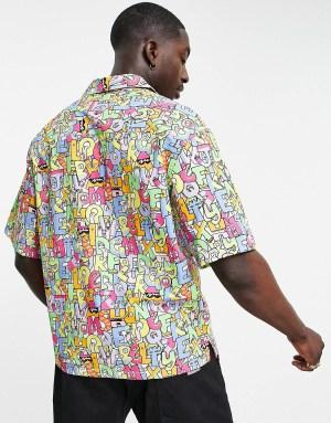 Comment choisir sa chemise à imprimé alphabet