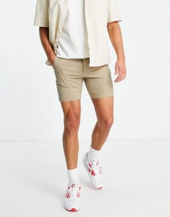 Idée de look 46 Short chino beige ASOS DESIGN