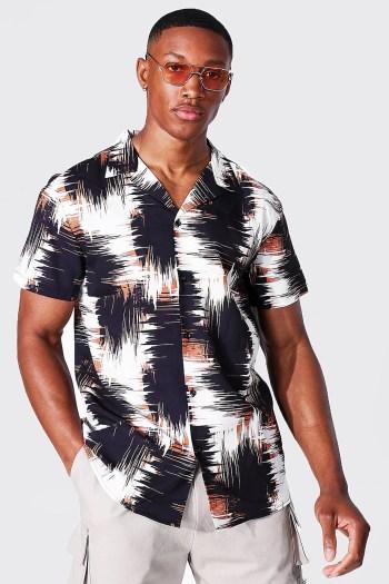 Chemise à manches courtes imprimé abstrait Boohoo