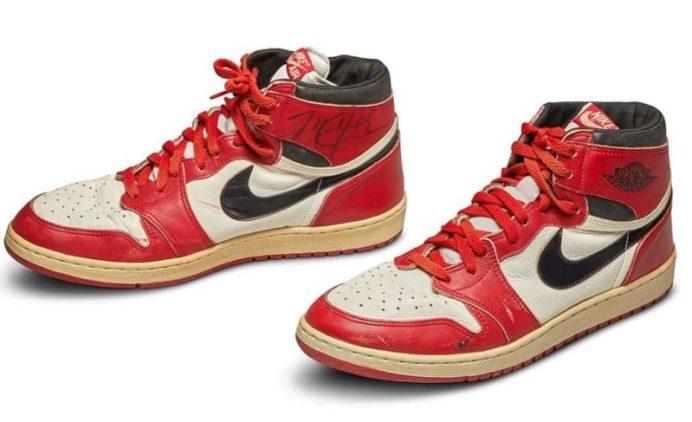 Air Jordan 1 OG portées par Michael Jordan
