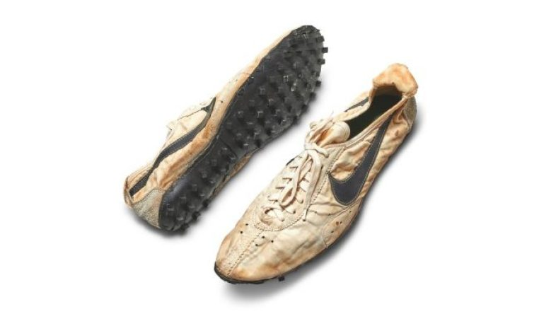 Nike Waffle Racing Flat Moon Shoe