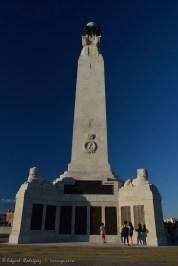 Obelisco en memoria de los que perdieron la vida en el mar, durante la I y II Guerra Mundial.