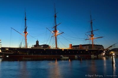 HMS Warrior, es una Fragata a vapor, construida en 1860. Actualmente es un barco museo en el Portsmouth Historical Dockyard.