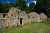 Partes del pueblo fantasma de Tyneham.