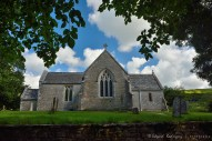 Iglesia de Tyneham, restaurada y que actualmente funciona como un museo.