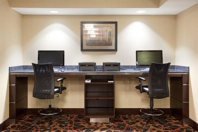 Holiday Inn Express Hotel Suites Moab Compare Deals