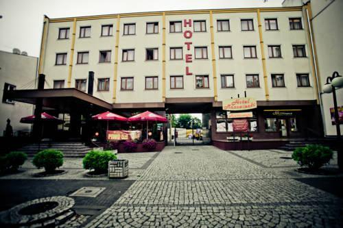 Hotel Mazowiecki Tomaszow Mazowiecki Compare Deals