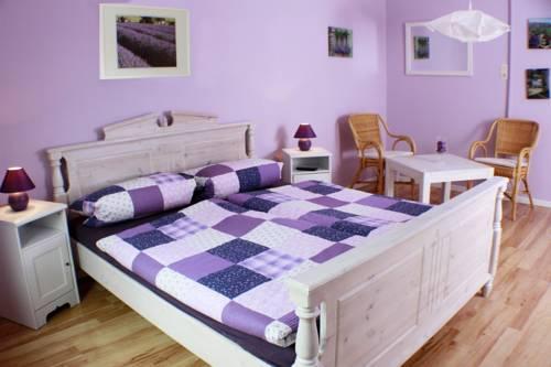 Gastehaus Lavendel, Flensburg  Compare Deals