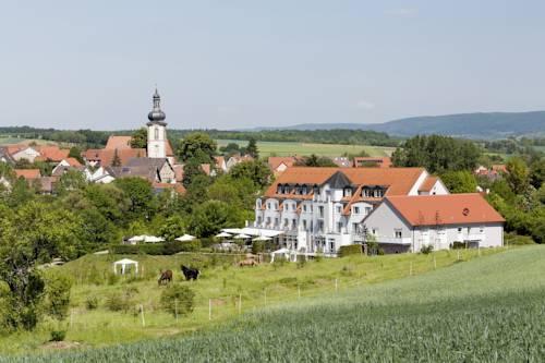 Landhotel Rugheim, Hofheim  Compare Deals