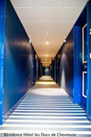 Residence Hotel Les Ducs De Chevreuse Compare Deals