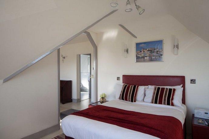 Rye Lodge Hotel Spa Compare Deals