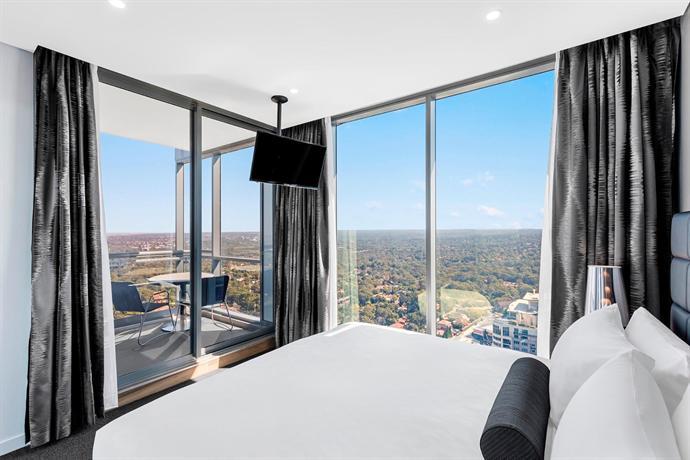 Meriton Suites Chatswood Sydney Compare Deals