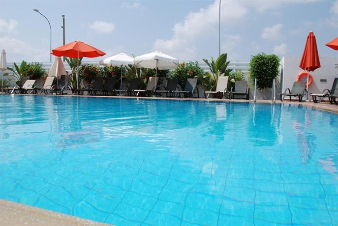 sofa protaras tommy bahama sofas mythical sands resort, - compare deals