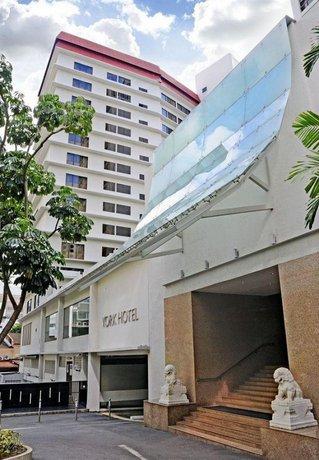 York Hotel Singapore Compare Deals