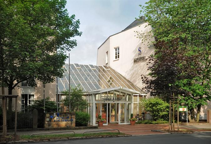 Vch Hotel Am Schlosspark Gotha Compare Deals