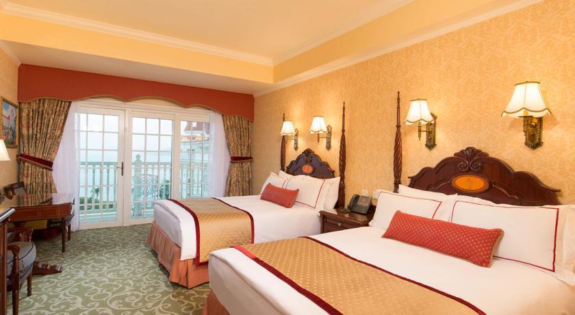 """Hong Kong Disneyland Hotel booking.com""的图片搜索结果"