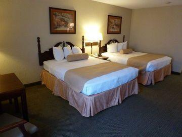 Holiday Inn Express Suites Evansville North Compare Deals
