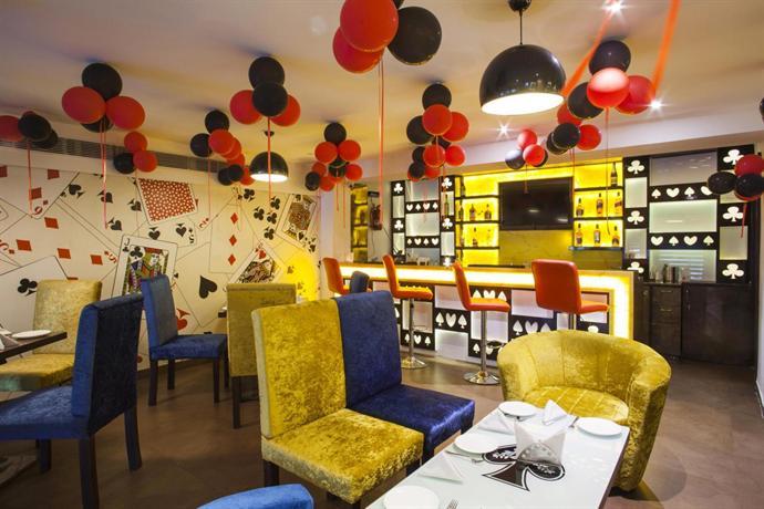 Hotel Punnu International Amritsar Compare Deals