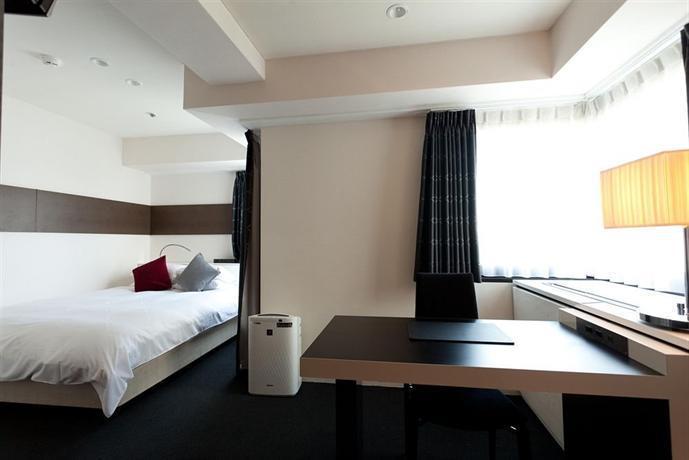 Cross Hotel Osaka - Compare Deals