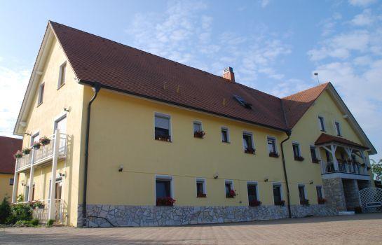 Hotel Torgauer Brauhof Compare Deals
