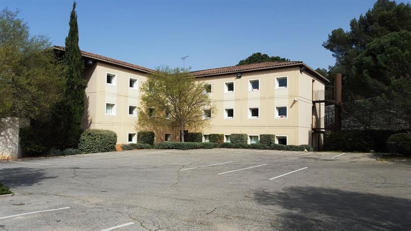 Hotelf1 Aix En Provence Meyreuil Compare Deals