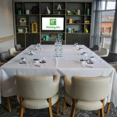 Chair Cover Hire Ellesmere Port Recliner With Cup Holder Holiday Inn Cheshire Oaks Compare Deals About