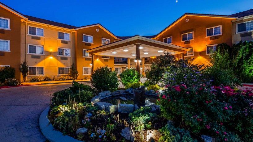 Best Western Plus Caldwell Inn Suites Compare Deals