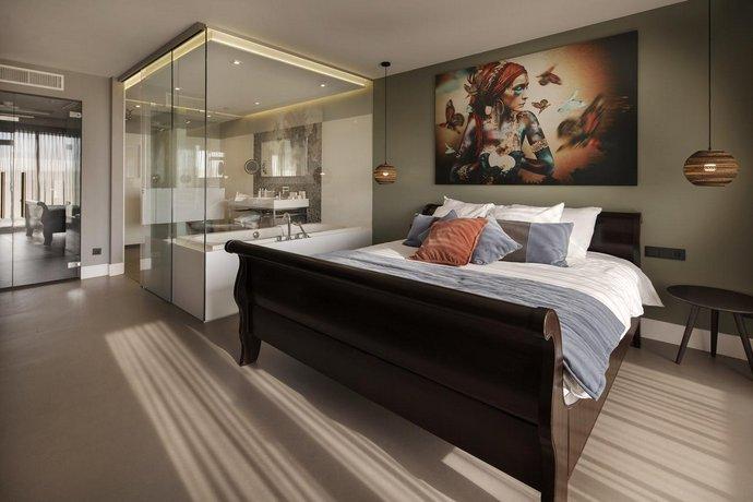Van Der Valk Hotel Sassenheim Leiden Compare Deals