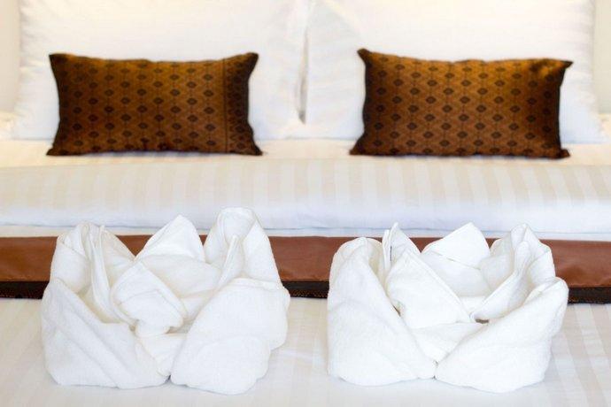 Makk Hotel Kampot Compare Deals