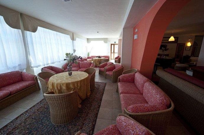 Hotel Degli Aranci Vieste Compare Deals