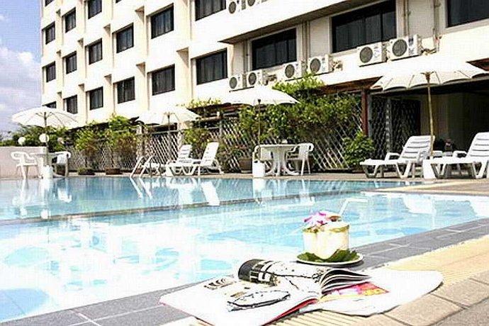 Jazzotel Hotel Bangkok Compare Deals