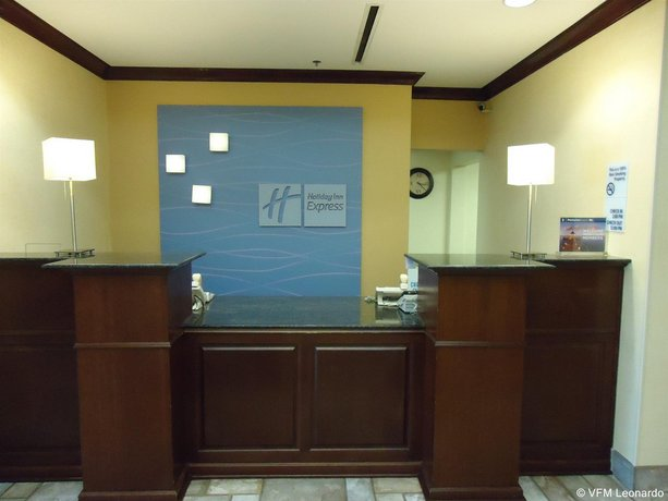 Holiday Inn Express Hotel Suites Anniston Oxford Compare