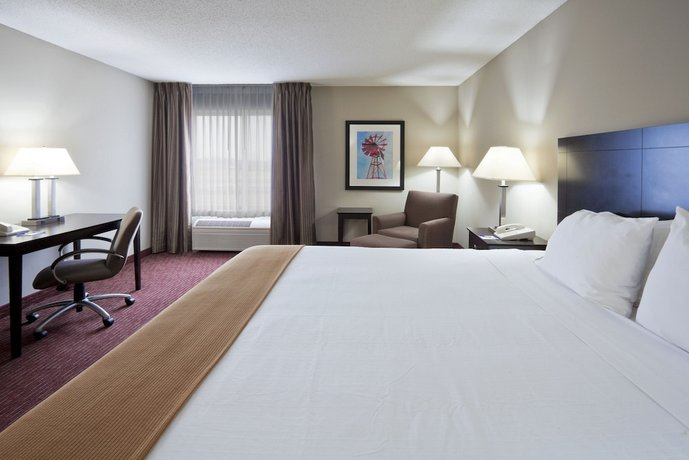 Holiday Inn Express Fort Wayne East New Haven