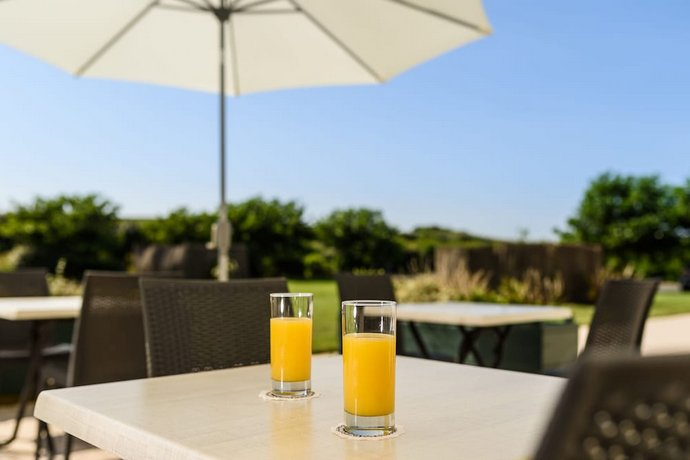 Les Terrasses D Atlanthal Anglet Compare Deals