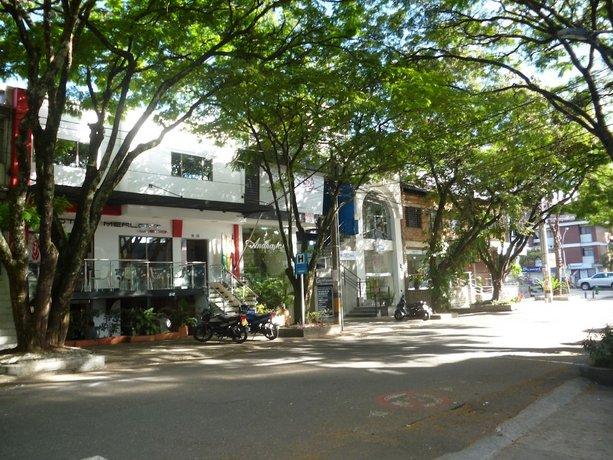 Hotel Merlott Lleras Medellin Bandingkan Promo