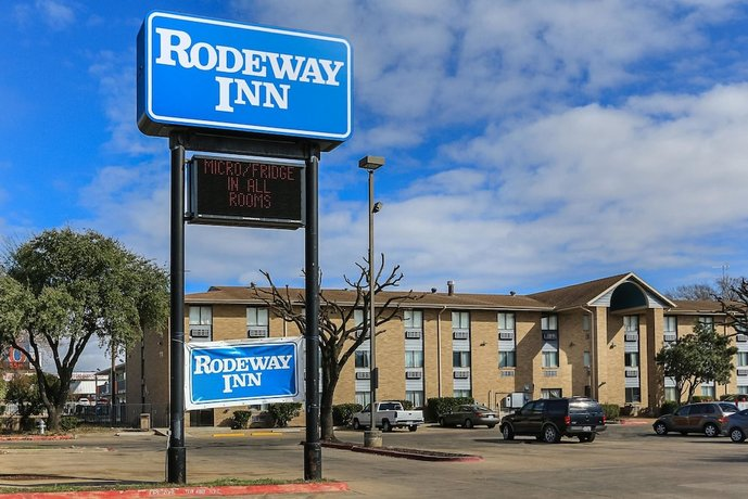 Rodeway Inn Austin Compare Deals