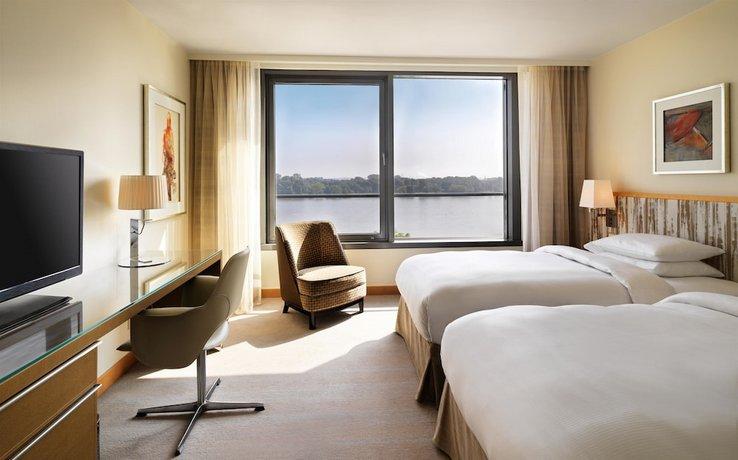 Hyatt Regency Mainz Compare Deals