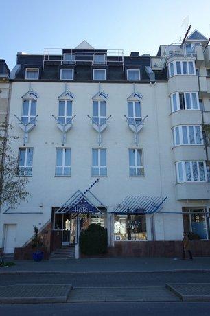 Kastens Hotel Dusseldorf Compare Deals
