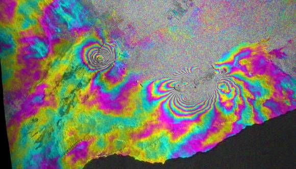 Satellite-recorded interferogram illustrating ground deformation after a volcanic eruption at Kilauea, Hawaii on 5 March 2011. By ASI/NASA/JPL-Caltech [Public domain], via Wikimedia Commons