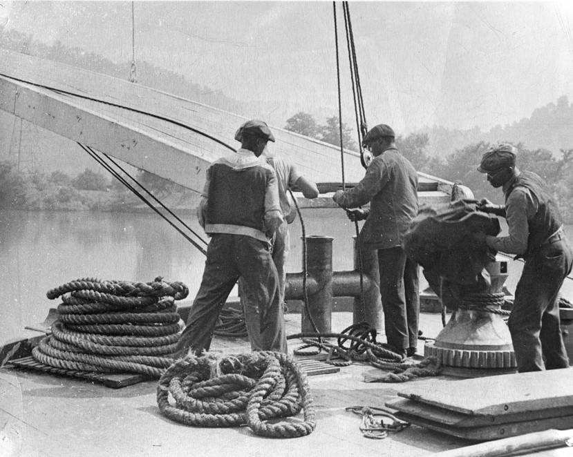 Deckhands on a steamboat, date unknown. Photo courtesy of Cincinnati Library.